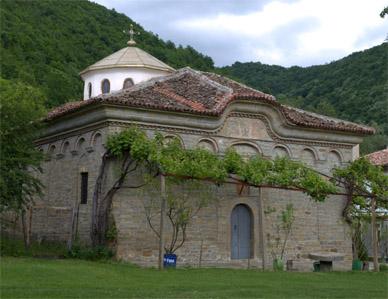 """Съборна черква """"Св. Димитър Солунски"""" в Килифаревския манастир"""