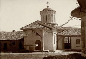 """Гостоприемницата и зимната черква """"Св. Богородица"""", Преображенски манастир (източно крило)"""